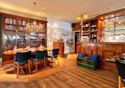 Grand café restaurant De Vriend Leiden